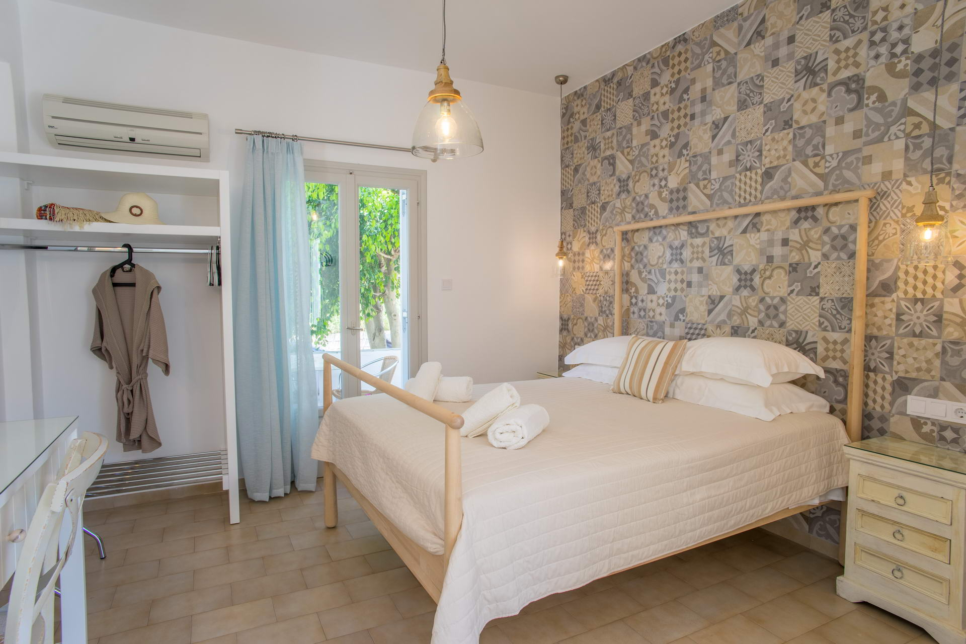 Hotel Cyclades Paros Greece Rooms